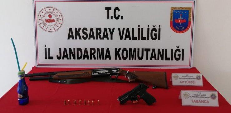 Firari suç örgütü üyesi 2 kişi operasyonla yakalandı